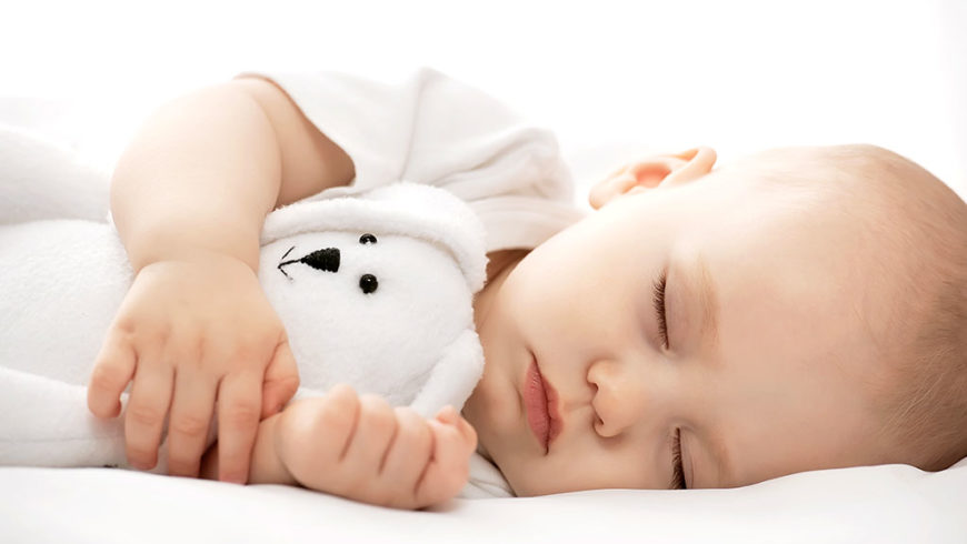 Combien d'heures mon enfant a-t-il besoin de dormir ?