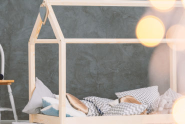 Accompagner le sommeil de l'enfant selon la pédagogie Montessori