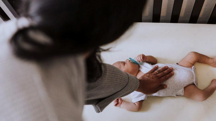 Que faire en cas de régression de sommeil de mon bébé?