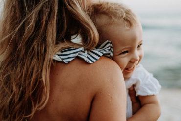 Comment aider le sommeil de bébé en vacances ?